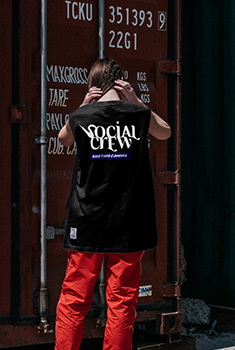 [블랙프라이데이 10000SHOP]SOCIAL CREW SLEEVELESS