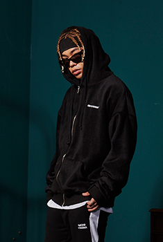 STC HOOD ZIP UP